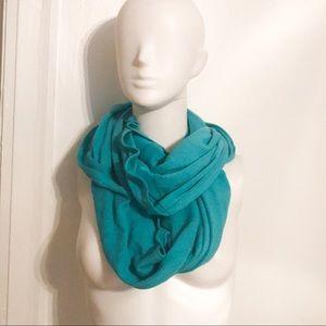 Lululemon turquoise throw me over infinity scarf